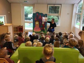 Kinderboekenweek 📚 • • #kinderopvang#agrarischekinderopvang#agrarisch#boerderij#natuur#kinderen#ouders#pedagogischmedewerker#kinderboekenweek#boeken#voorlezen